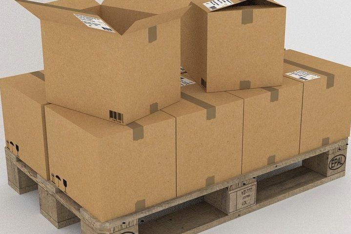 Pallets y cajas